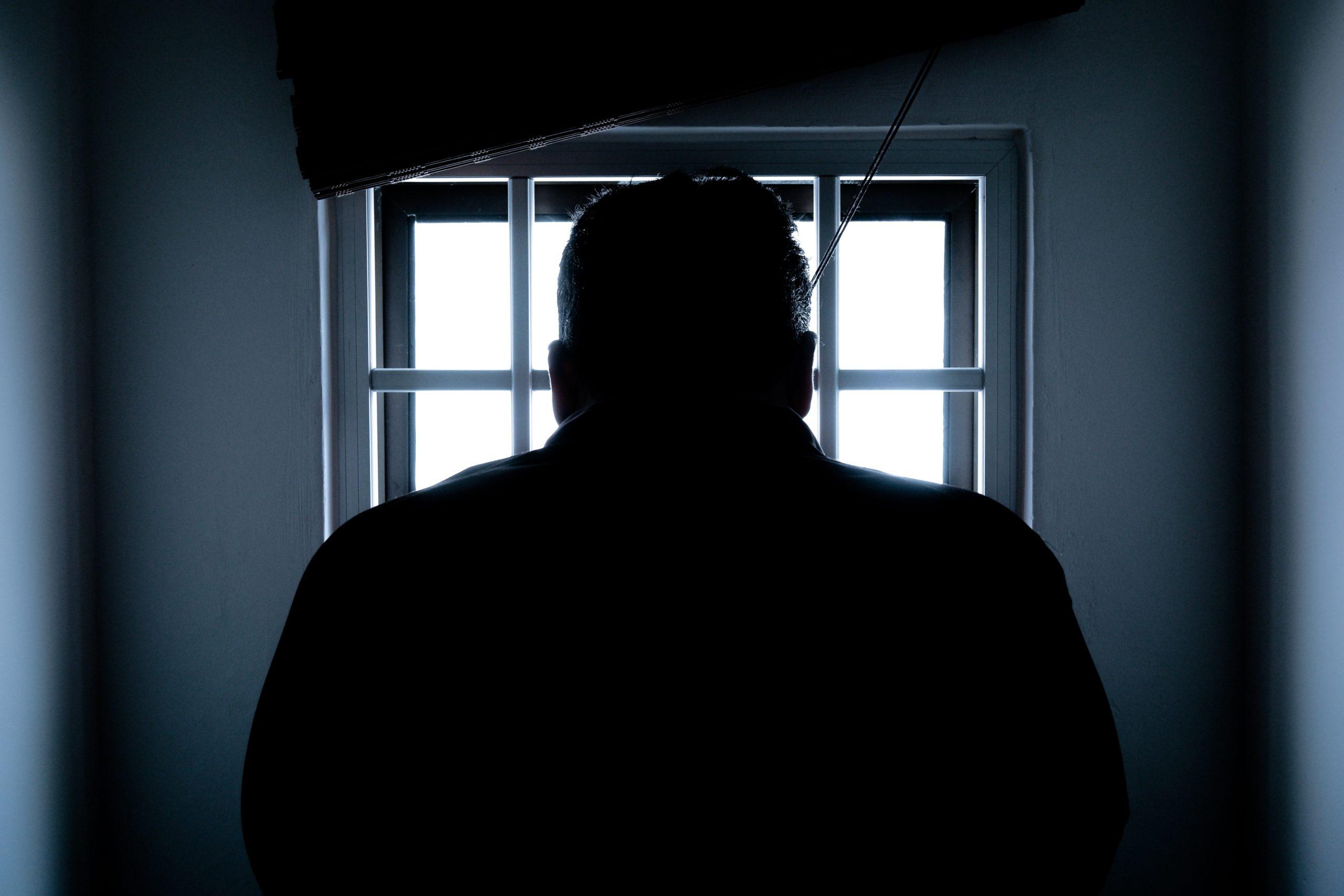 man_in_jail